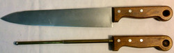 Butcher knives. x3 rubber (x1 with blood stains) and x2 VFX