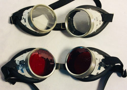 Aviator goggles with x4 red x1 clear lenses