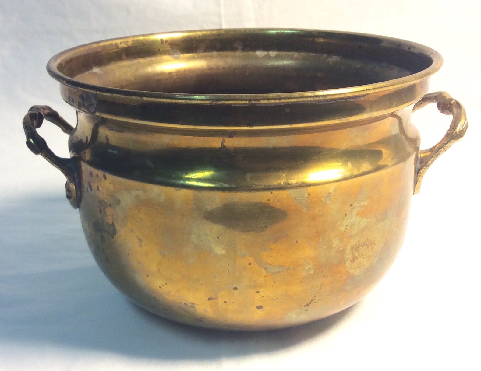 Brass Pot, medium with 2 handles