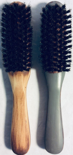 Wood handle hair brush with hard boar bristle