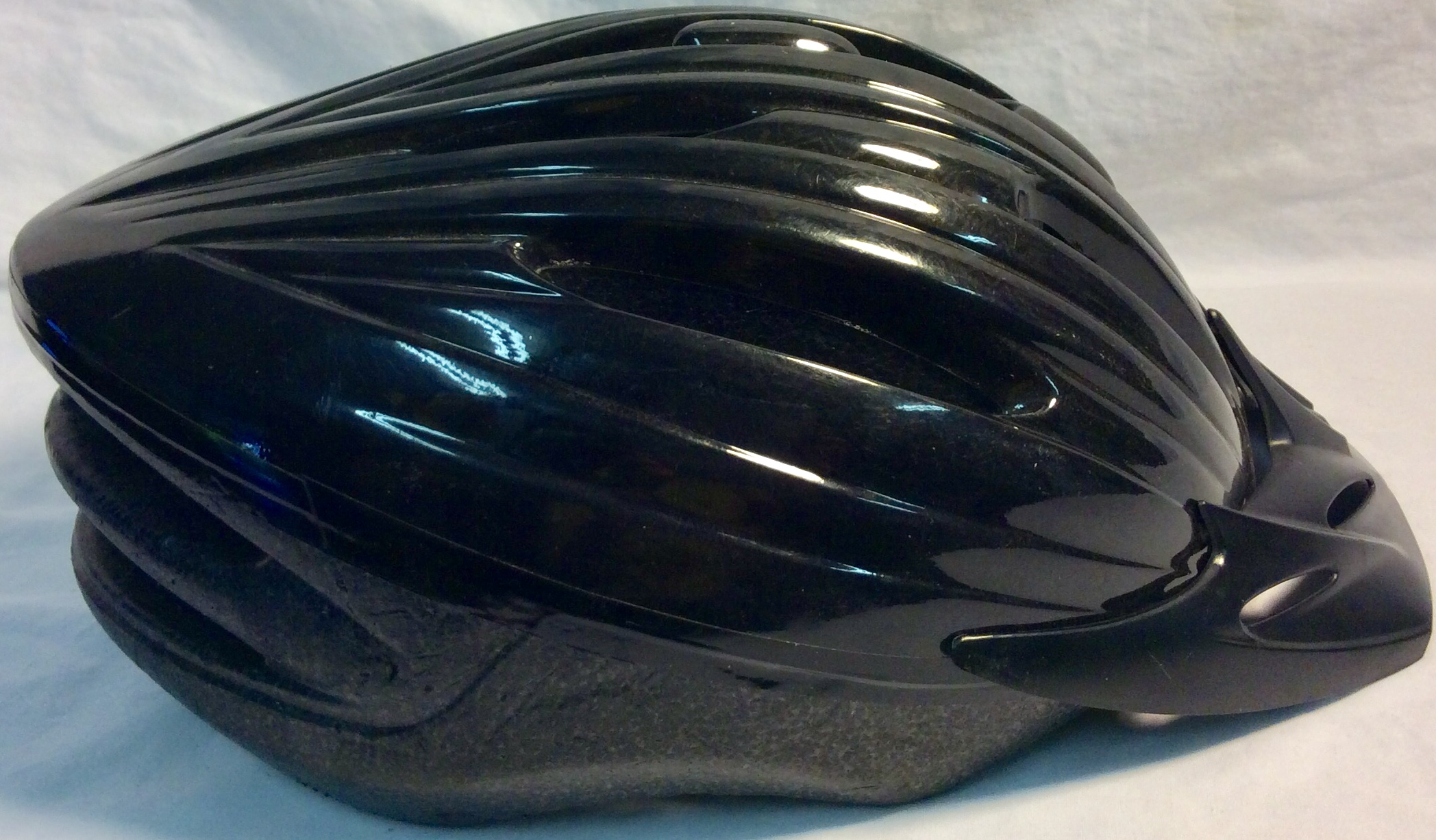Bike helmet shiny black