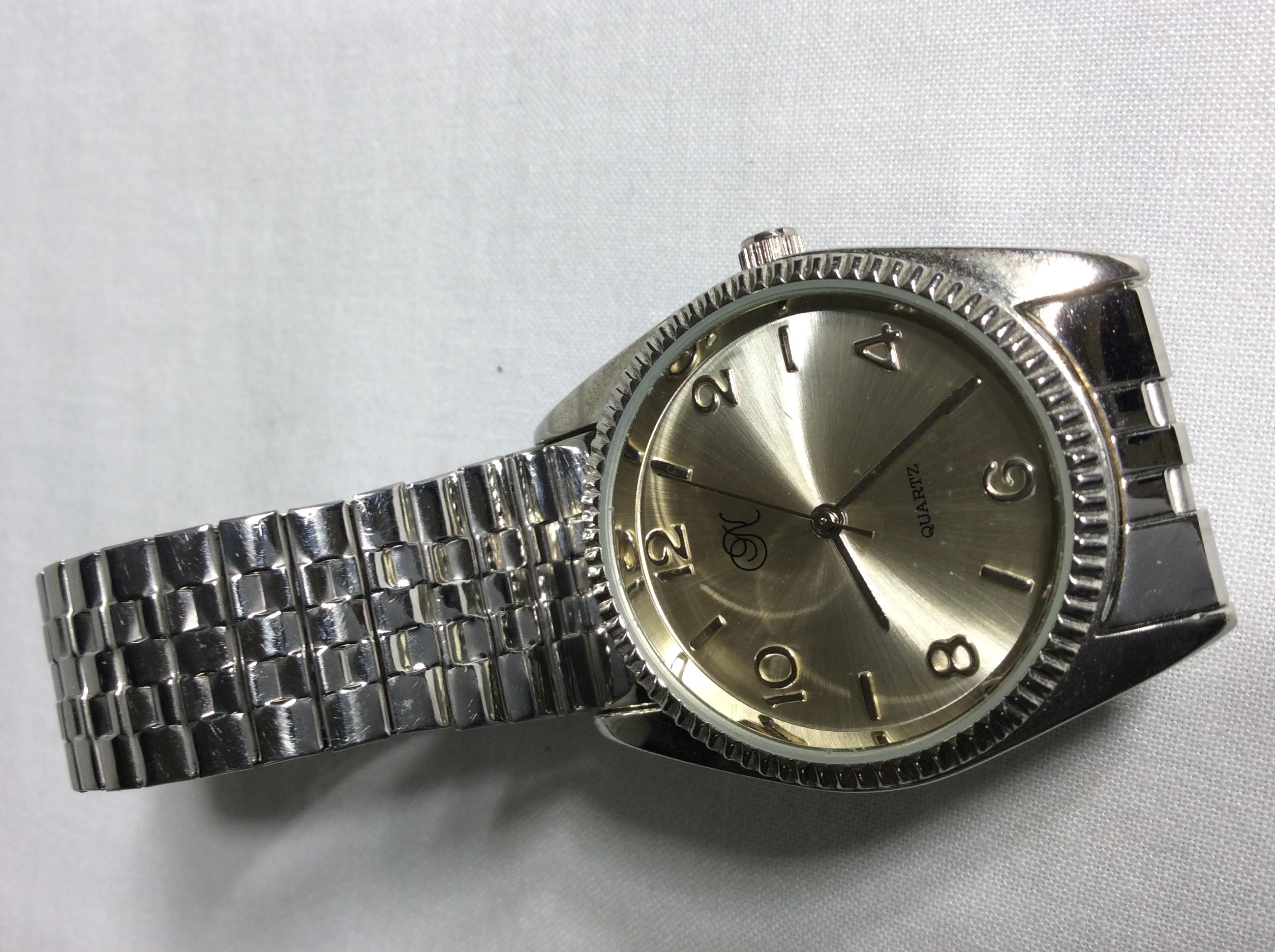 No brand silver watch