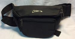 Divnick Black fanny pack