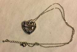 silver heart hollow pendant