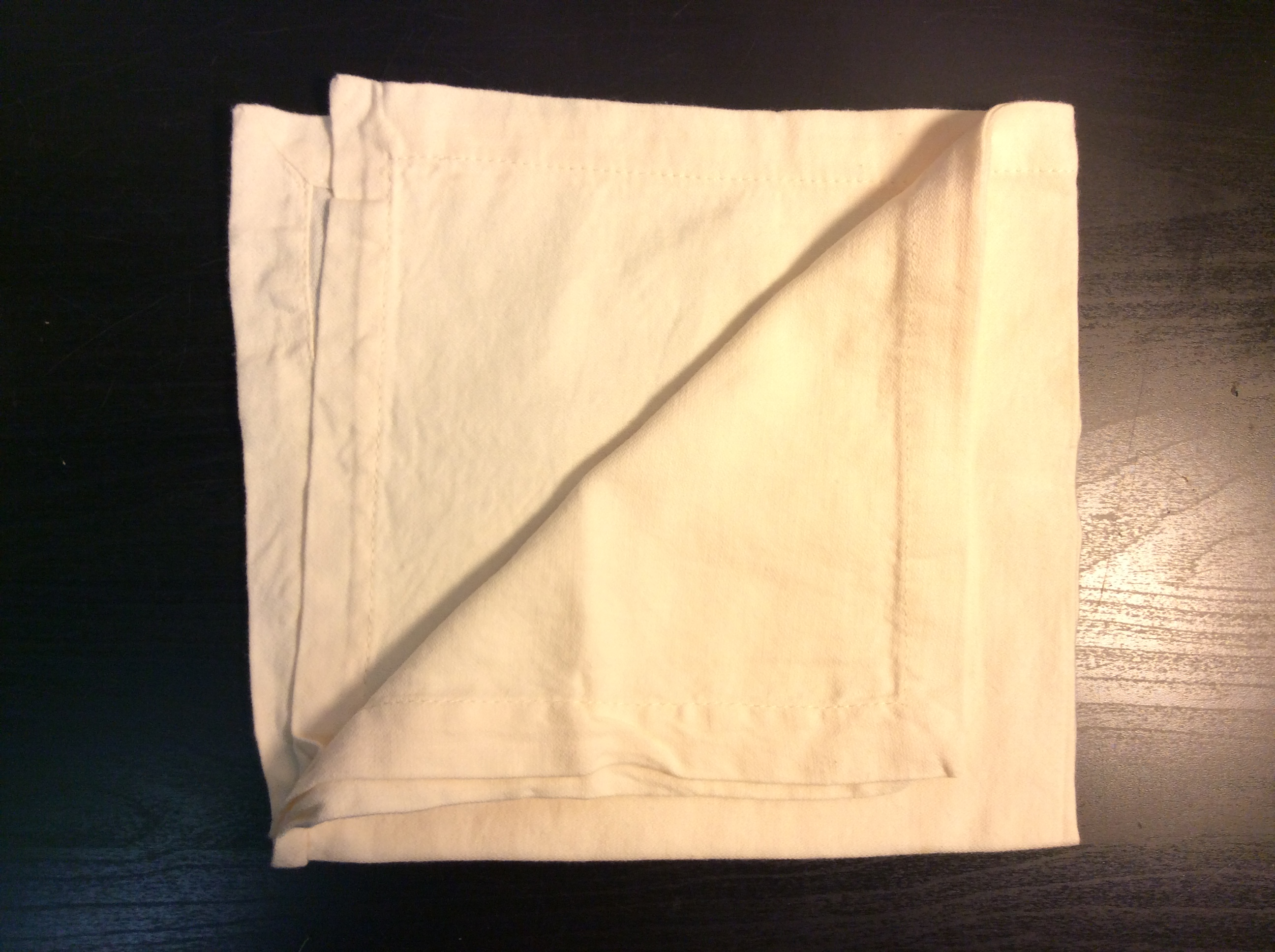 "Cream cloth napkins 17""x17"" - x6"