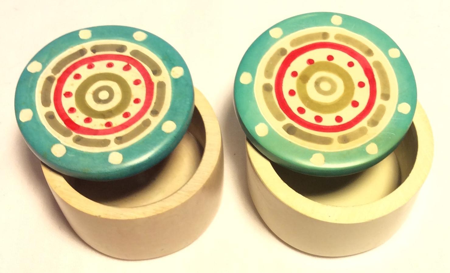 Cream small round stone containers
