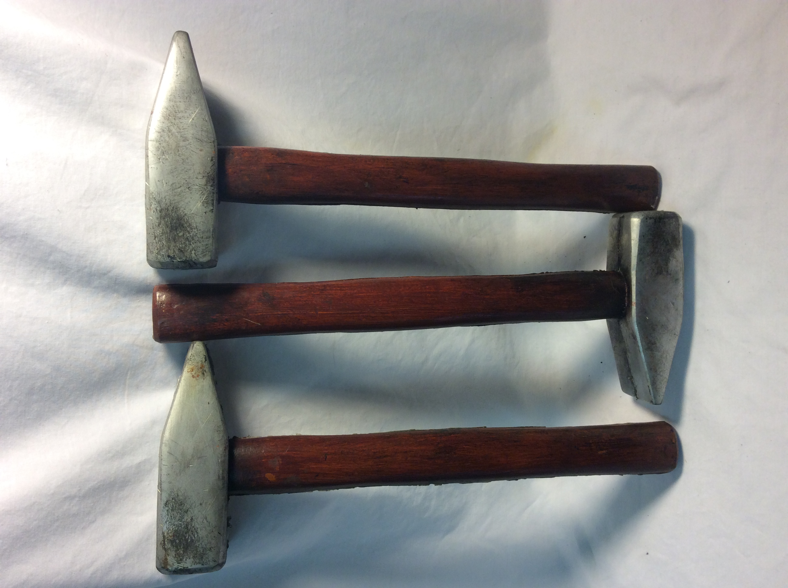 Sledge hammers - 5 rubber and 3 real