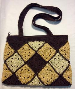 Brown and beige diamond pattern