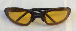 Sporty cycling sunglasses with yellow lenses