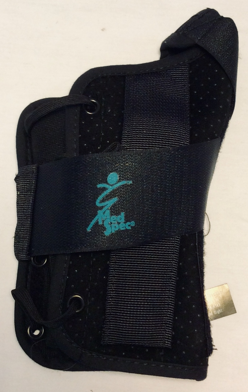 Black wrist splint