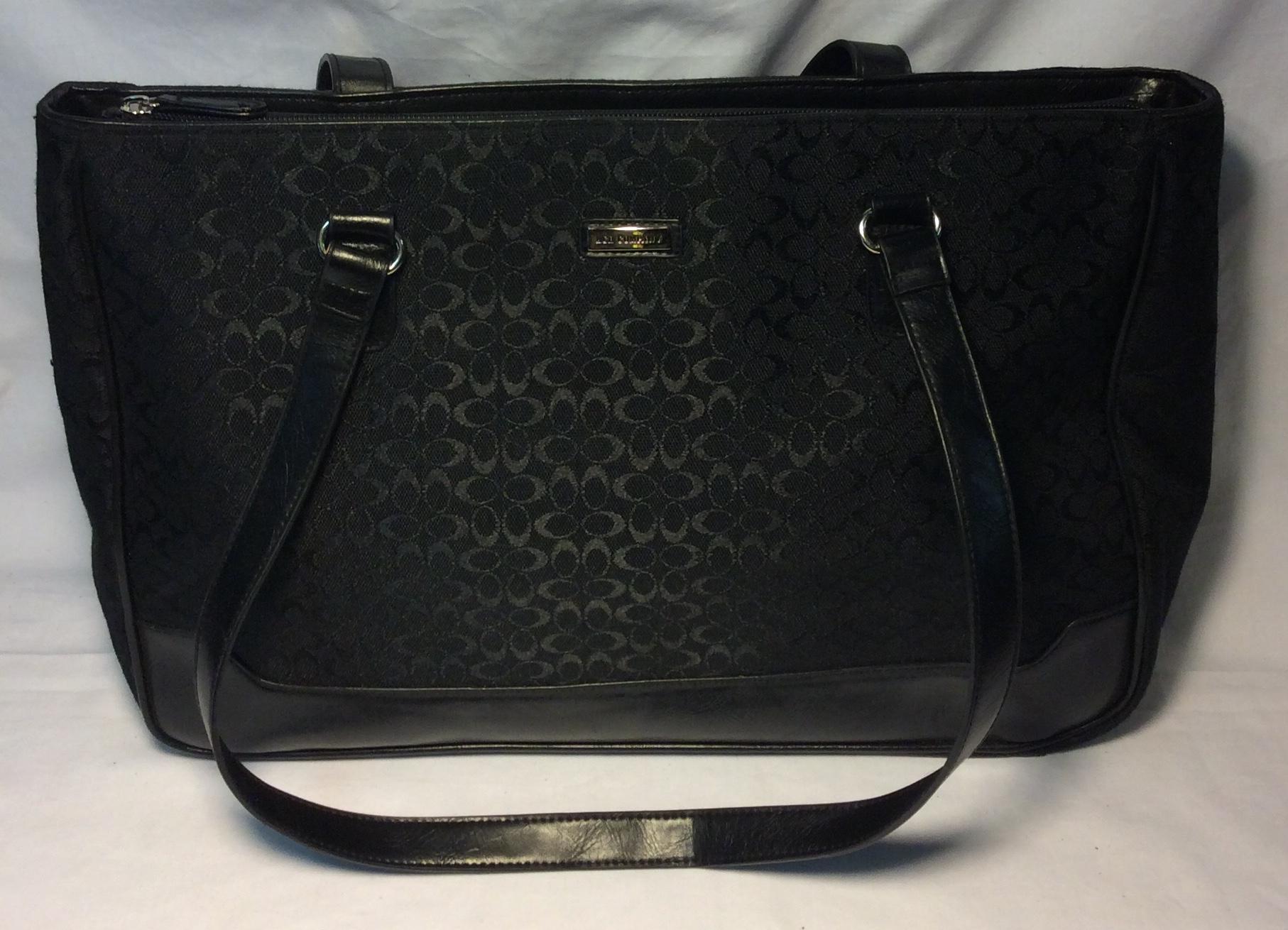 Black patterened purse