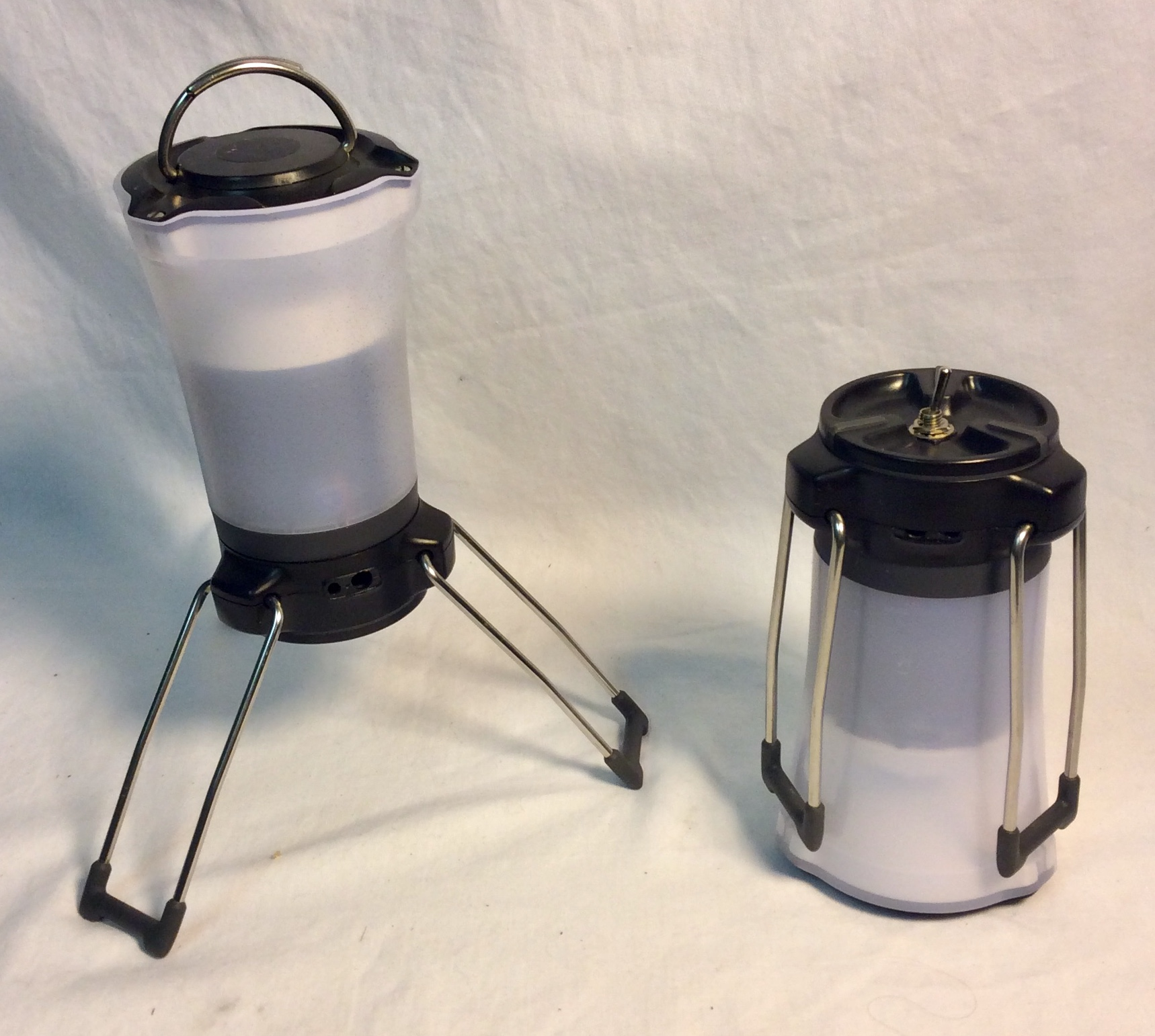 Small Fenix CL 25R lanterns