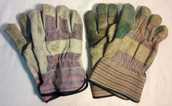 Blue and red pattern gloves x5 pairs with grey leather palm, x1 pair with green leather palm