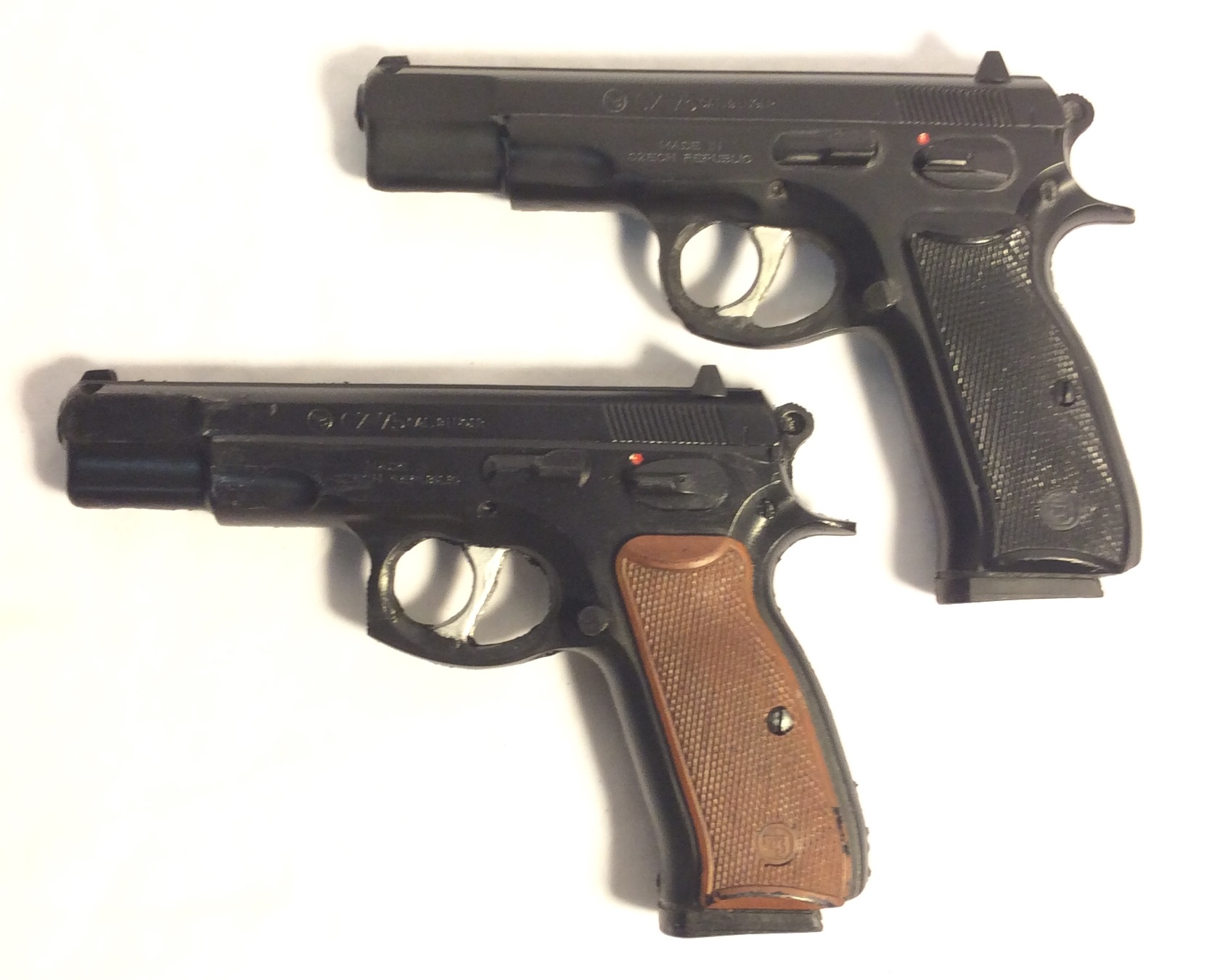 Luger CZ 75 - hard