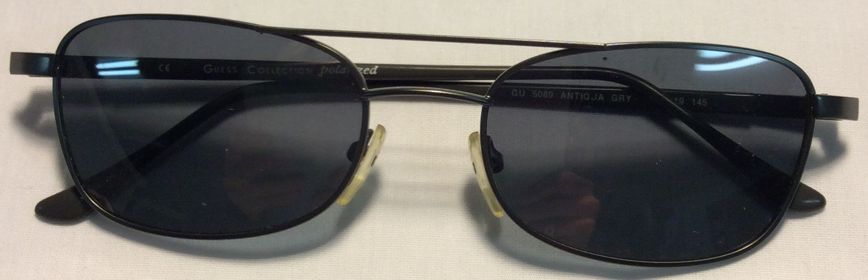 Guess Thin dark silver metal frames