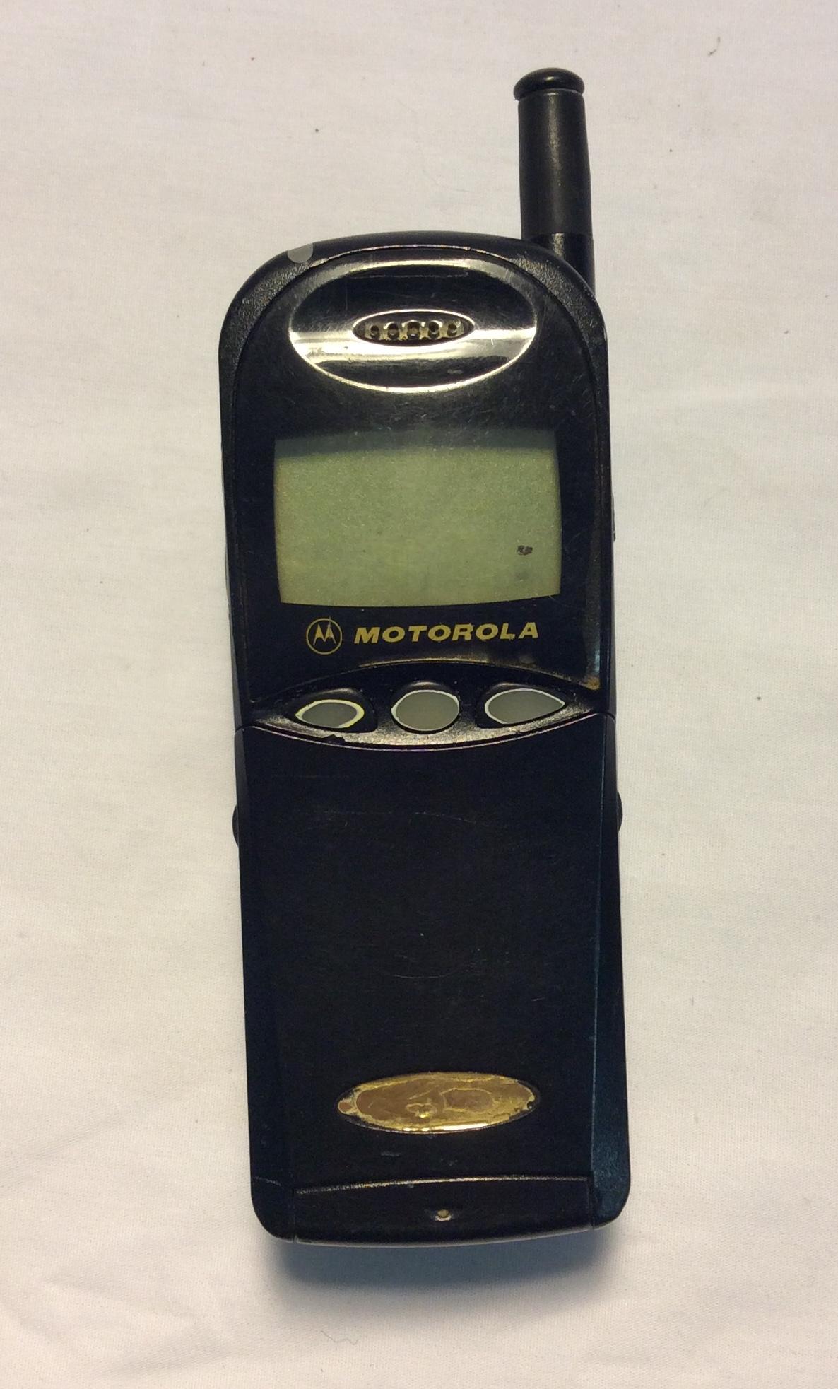 MOTOROLA Cellphone