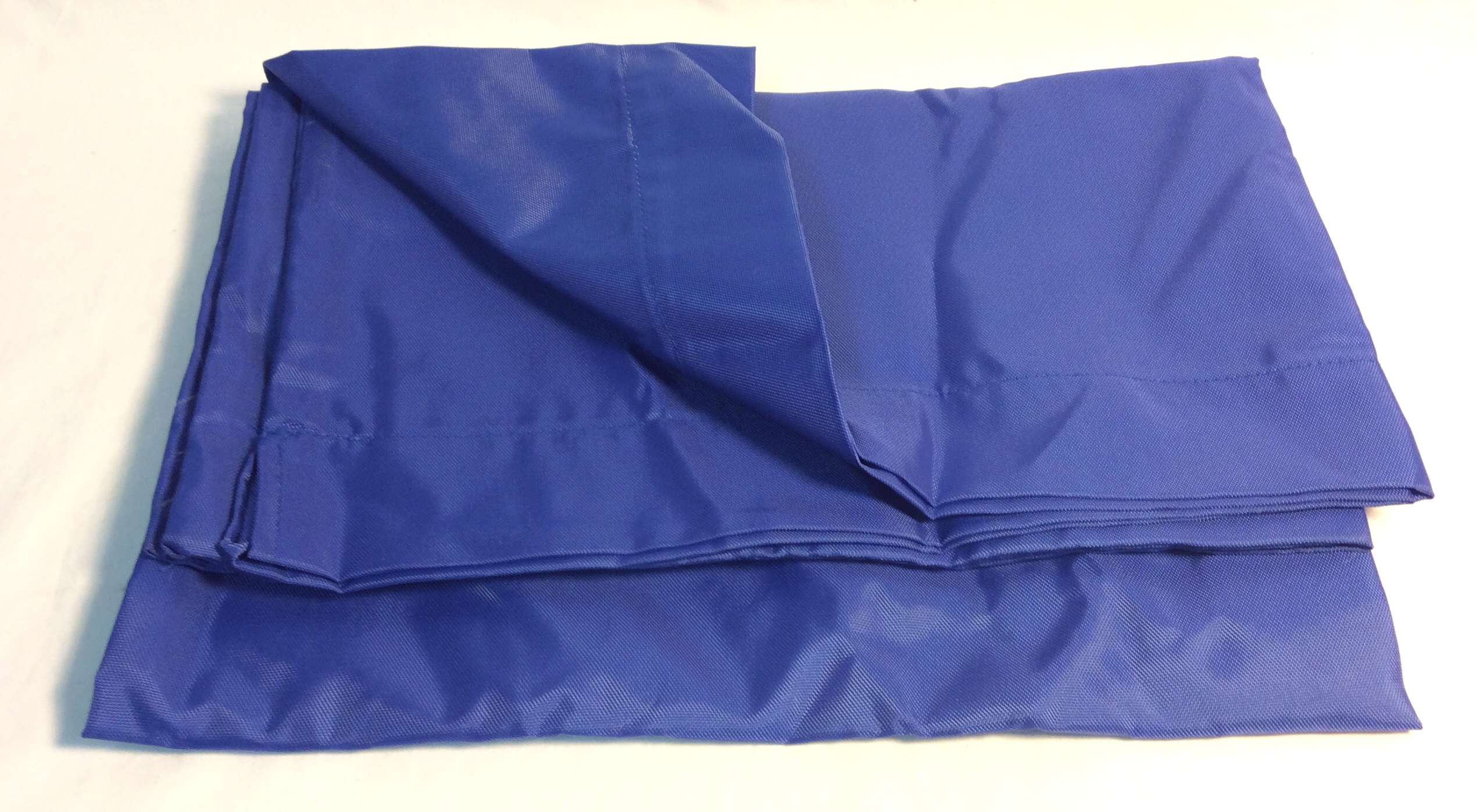 Blue polyester laundry bag for maids