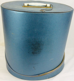 Blody Pearl blue hat luggage
