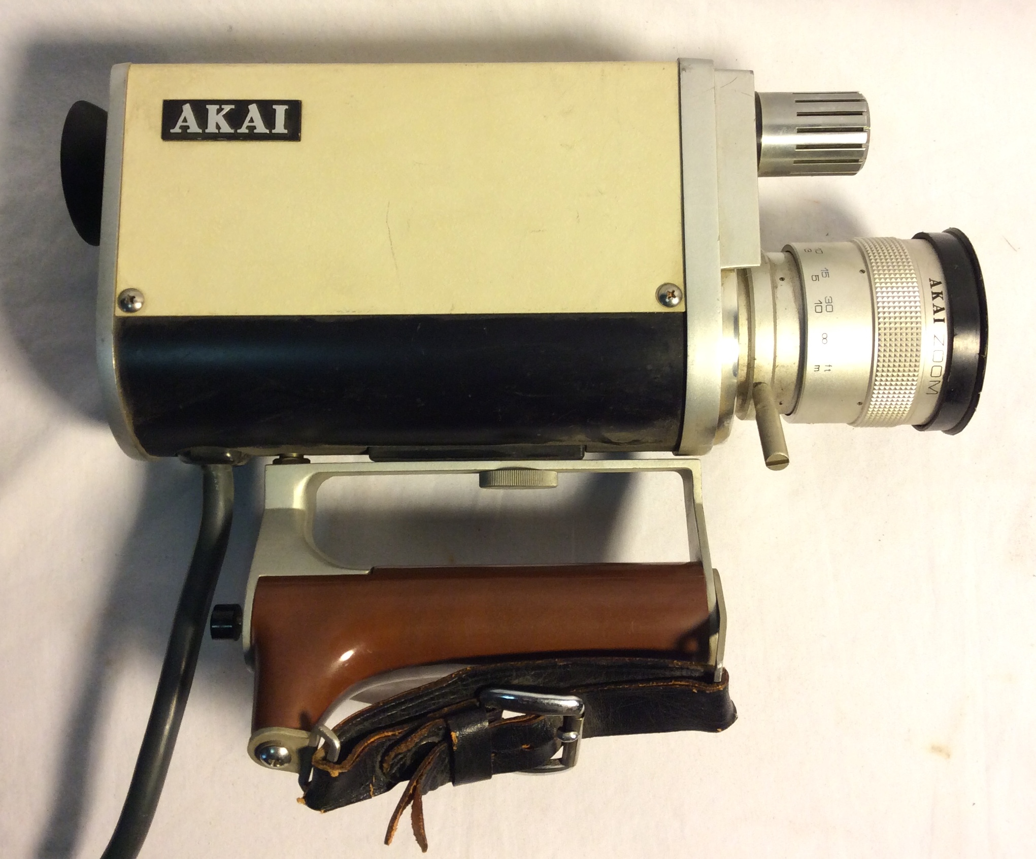 Vintage 1970's Akai VC-110S Portable Camera