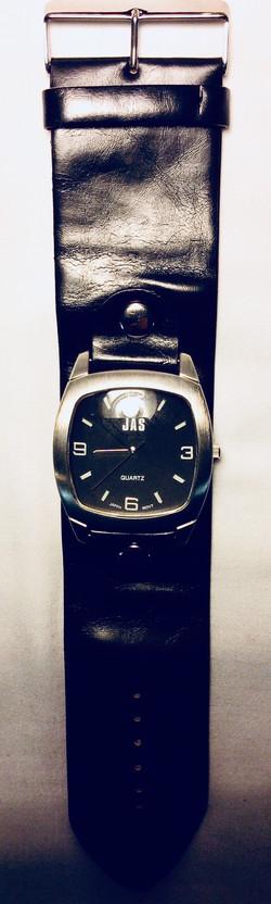 Rivited watch