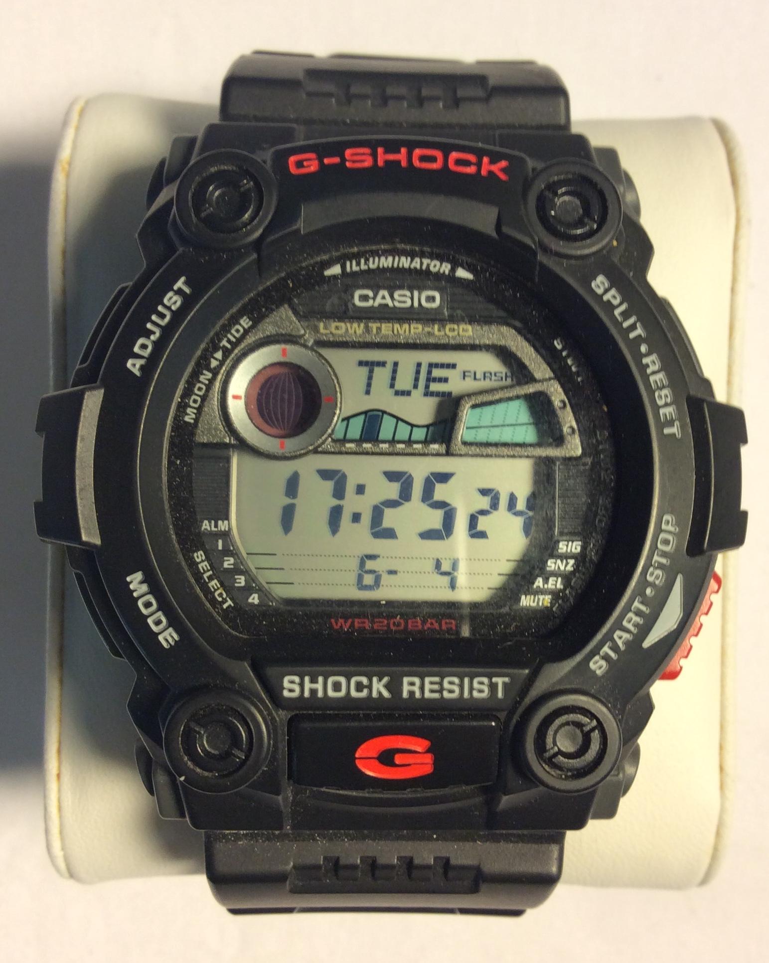 Casio G-Shock watch - round digital