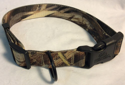 Red Head Camo nylon dog collar with plastic bluckle