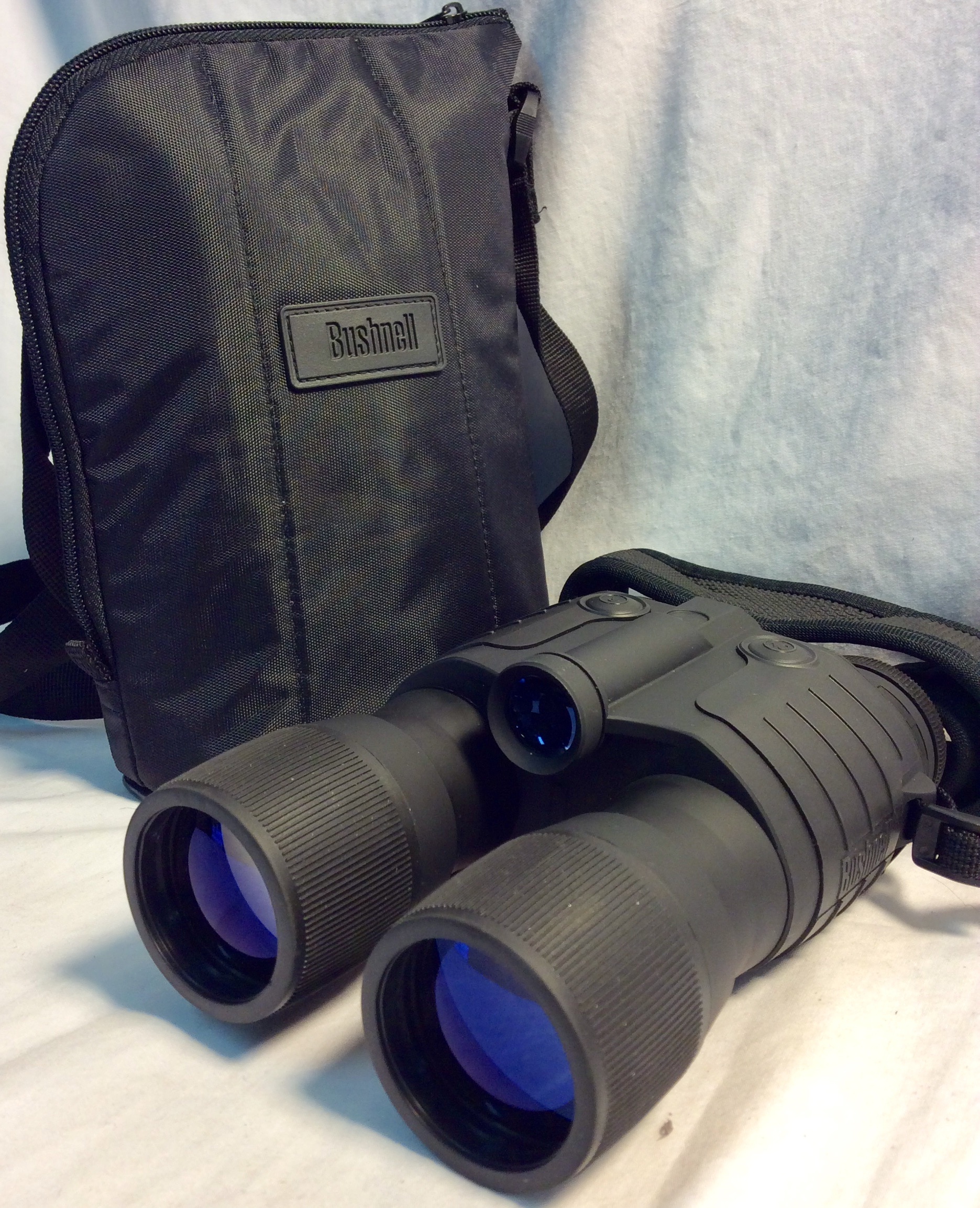 Bushnell binocular, black with strap and case