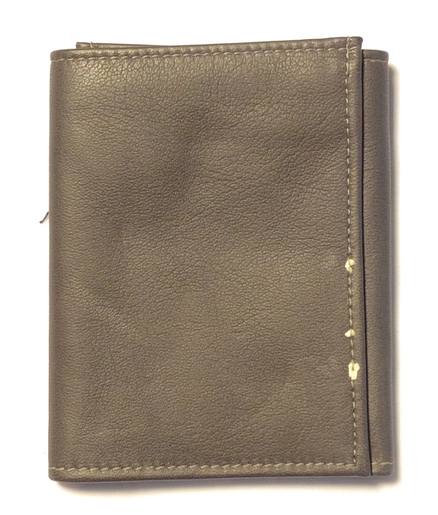 Winfield grey leather trifold