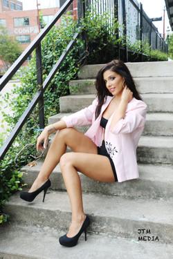 Liz| Houston Model