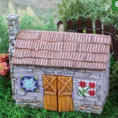 Fairy Barn w/ Hinged Doors