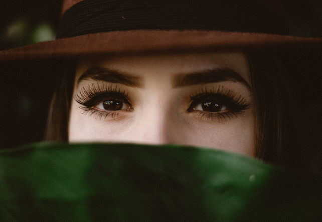 Extravagant eyelash extensions