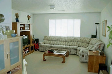Apartments with spacious living area with cable hook up