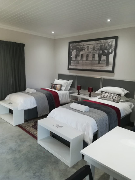 twin-beds-with-each-a.jpg