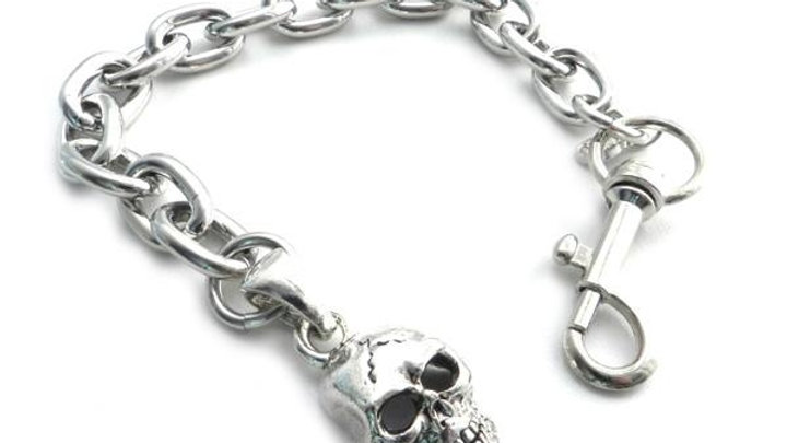 Skull Pendant on a link chain 8""