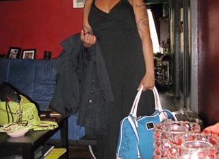 A Plan! A Dress! Oui!