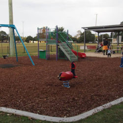 Learmonth Park, Hamilton South
