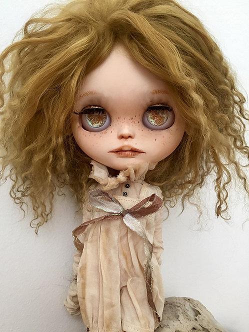 Lune - blythe doll 17