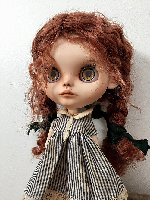 Arielle & her lobster - blythe doll 23