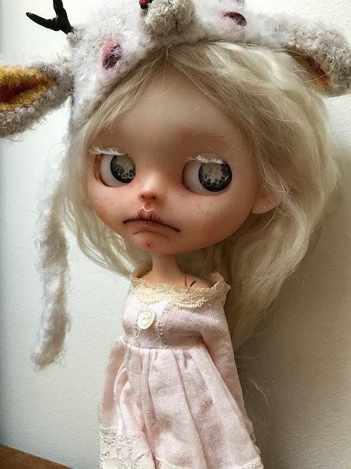 Layla- blythe doll 77