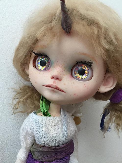 Hippolyne - blythe doll 19