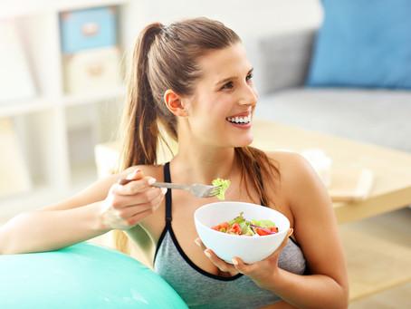 Cuidados na quarentena: Como a alimentação pode afetar a sua saúde bucal