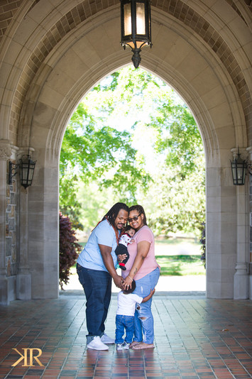 Mt. Berry College photo shoot. Family portrait photographer