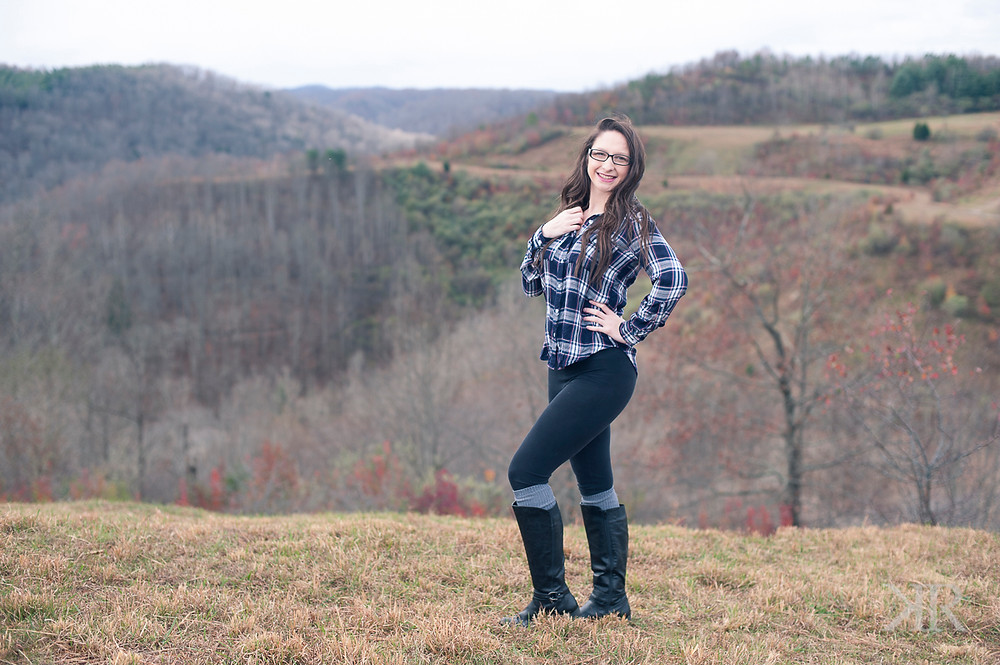 Kayla Ryan Photography Lincoln County WV Senior Pictures