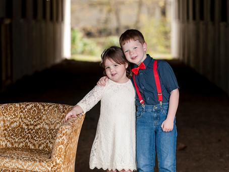 Landon & Emily | Outdoor Christmas Session