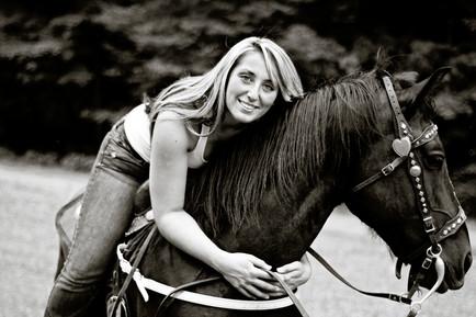 Madison WV Senior Pictures Horse