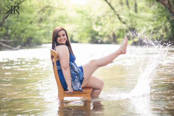 WV Senior Pictures Water