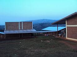 Gitega Clinic 2010 - 2.jpg