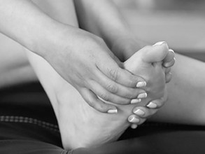 Missempfindungen & Schmerzen