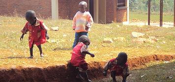 Kids playing - 2.jpg