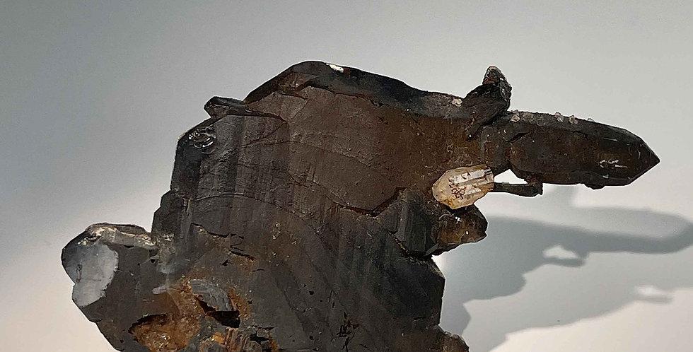 Phenakit auf Quarz – Kleine Spitzkoppe, Namibia